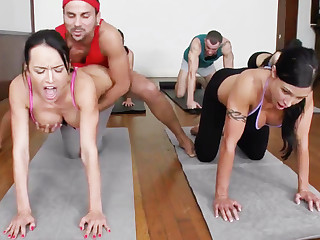 Yoga professor and 4 sizzling college girls approximately meaty cupcakes