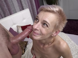 Short haired mature clumsy granny Belinda Bee gets cum in will not hear of mouth