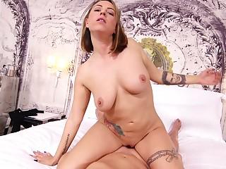 Sexy MILF Breathtaking POV sex
