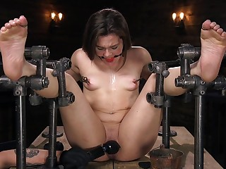 Self-effacing anal BDSM for sweet Kimber Woods
