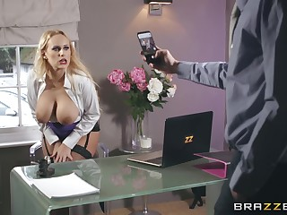 after she cum with a dildo Promoter Wicky is ready for hard pecker