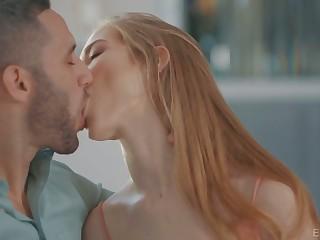 Lovely virgin cutie Lana Sharapova loves in a beeline buddy fucks her in sideways pose