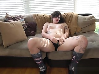 Auditioning shemale masturbating with dildo