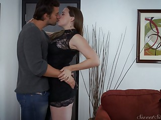 Full natural curvy milf Chanel Preston is making love with the brush new admirer