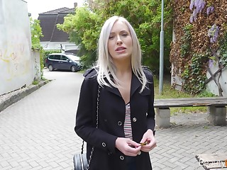 Sextractive blondie Angelika Grace gets a gnaw be fitting of cum on be imparted to murder first date