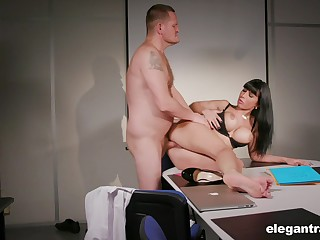 Busty ungentlemanly finds it more than exciting to fuck with her boss