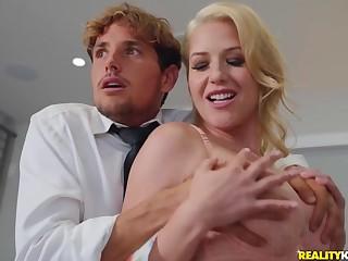 Blonde MILF Costume Mercer seduced Tyler Nixon to fuck on the bed