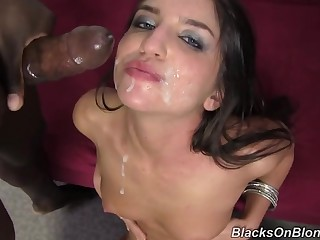 Giselle Leon Does Creampie Big Frowning Flannel Gangbang