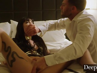 Tattooed Unfocused Gets Her Arse Disciplined By Ex-Husband