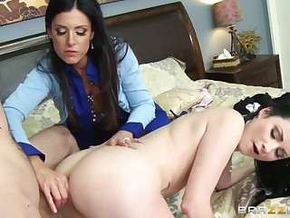 Anal Lessons From A Milf